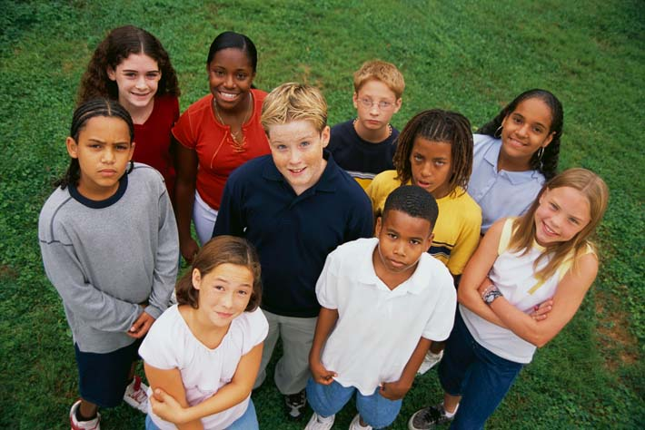 grupo-de-adolescentes