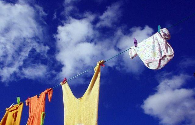 lavar la ropa de bebé