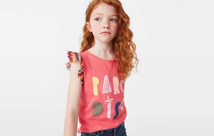 camiseta con mensaje para niñas