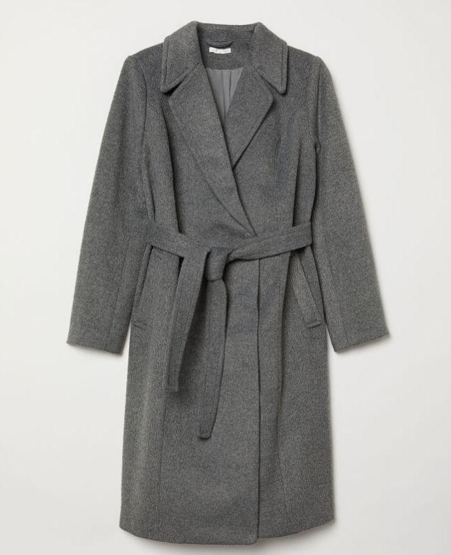 abrigo gris para embarazadas