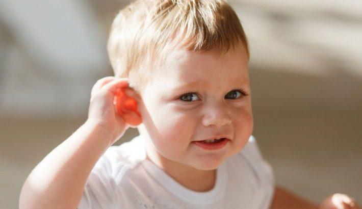 niños sordos